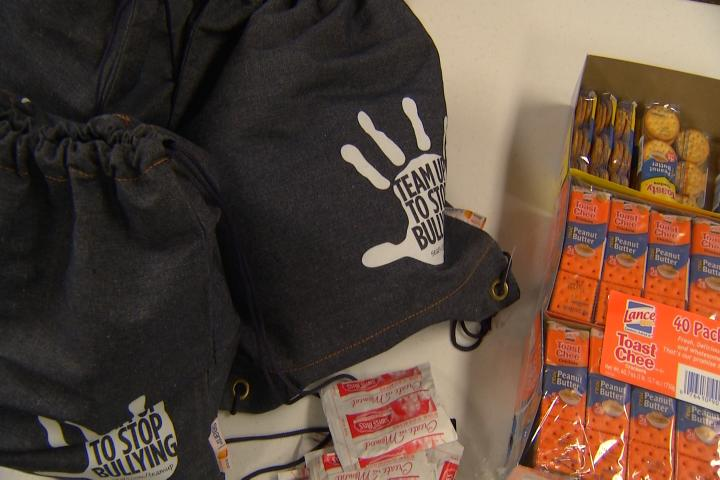 Manistee Blessings in a Backpack Feeds Kids on Weekends