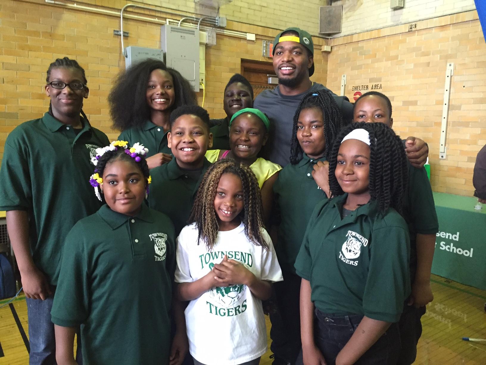Green Bay Packers' Sam Barrington Visits, Donates to Milwaukee School