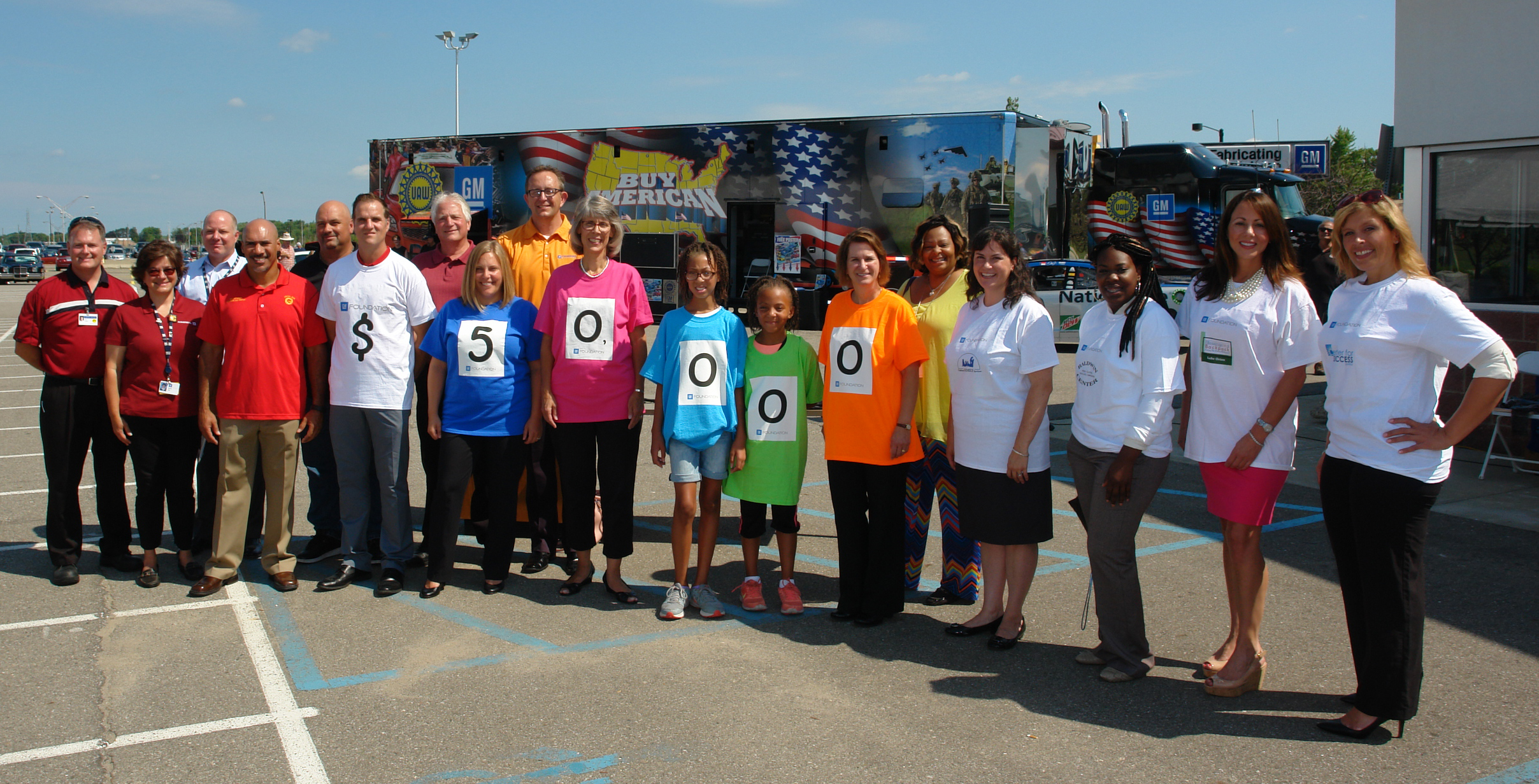 GM Foundation donates $10,000 to Blessings in a Backpack through Community Grants Program