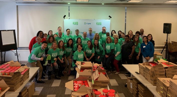 Cigna  + Express Scripts Pack 16,500 Bags of Weekend Food