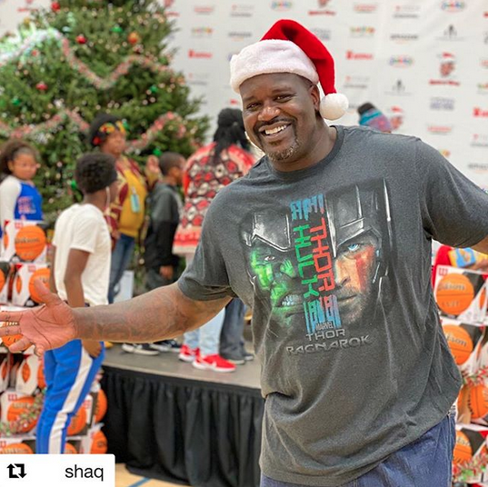 Shaq–A–Claus Is Coming To Town