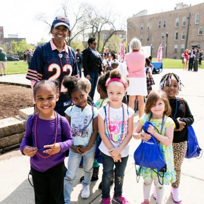 Picture of kids with Blessings volunteer in Chicago