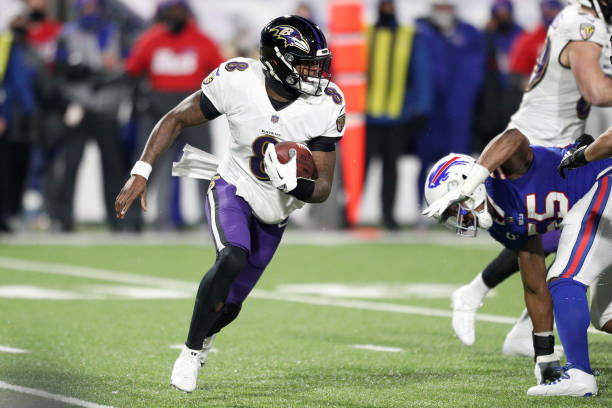 Bills Fans Donate Money to Lamar Jackson's Charity After Ravens QB's Injury